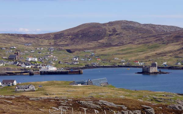Barra - Castlebay with Kisimul Castle