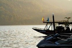 Mae Ngat Somboon Chon - Long Tail Boat